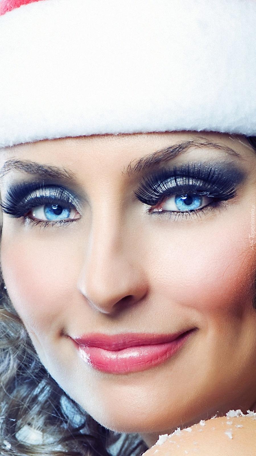 Niebieskooka kobieta
