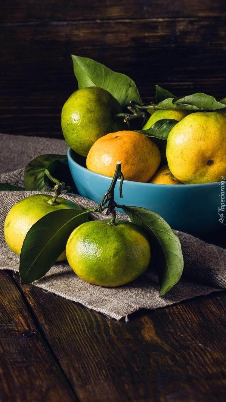 Niedojrzałe mandarynki