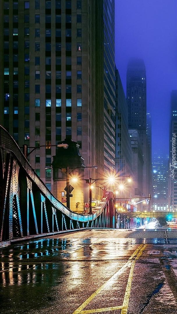 Noc w pięknym mieście