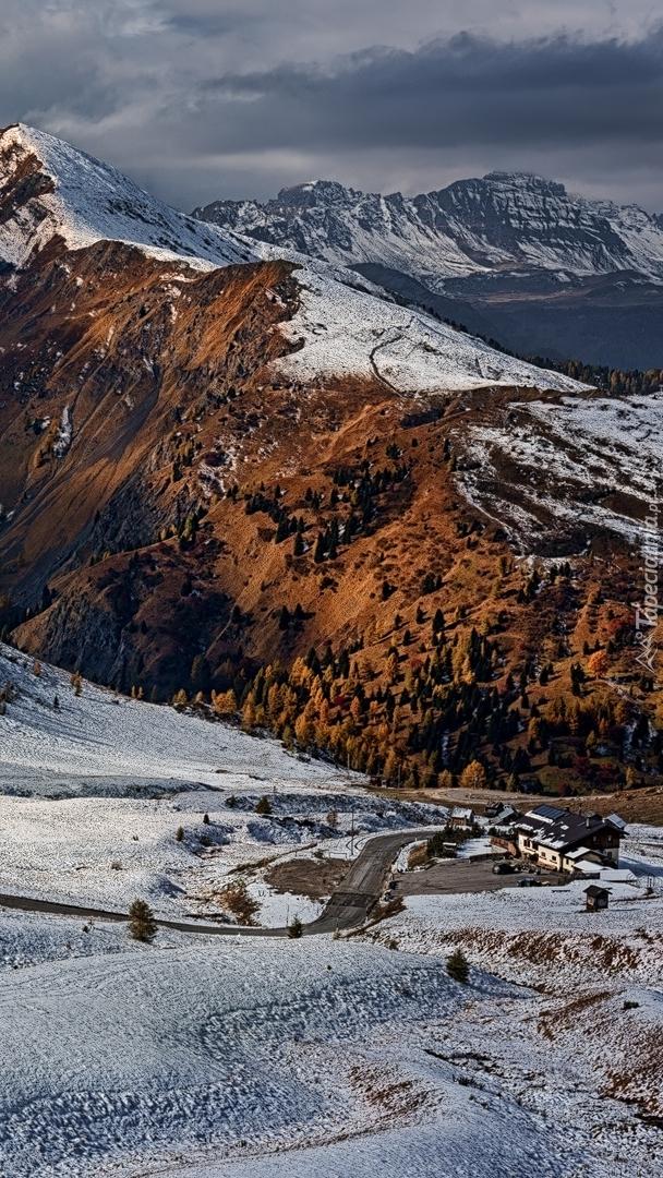 Ośnieżone Dolomity