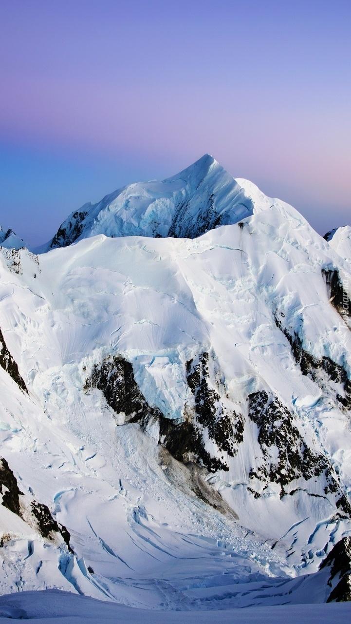 Ośnieżone szczyty