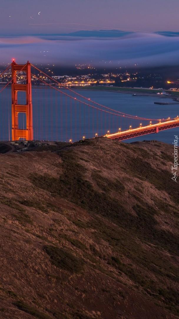 Oświetlony most Golden Gate