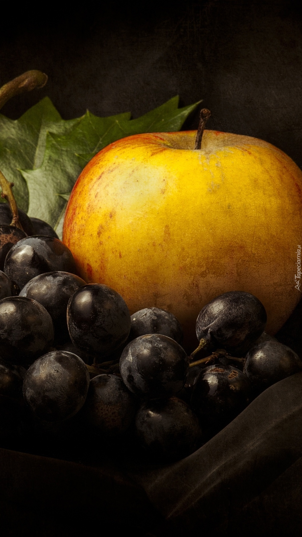 Owoce podano