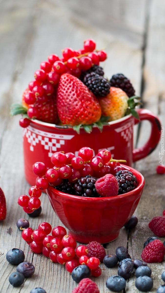 Owoce w kubeczkach