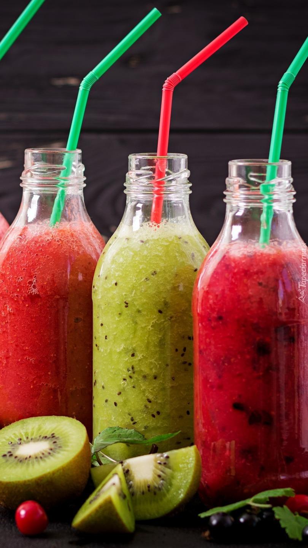 Owocowe soki w butelkach