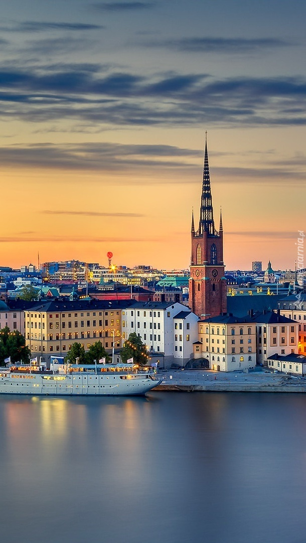 Panorama Sztokholmu o zachodzie słońca