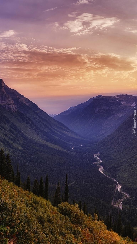 Park Narodowy Glacier o zachodzie słońca