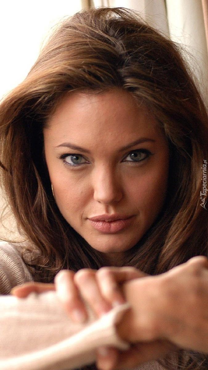 Piękna Angelina Jole