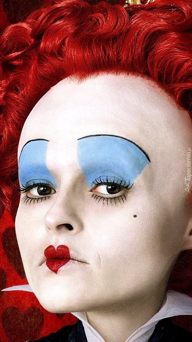 Pomalowana twarz kobiety