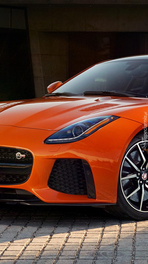 Pomarańczowy Jaguar F-Type