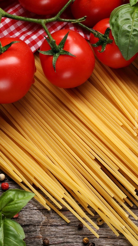 Pomidory i makaron