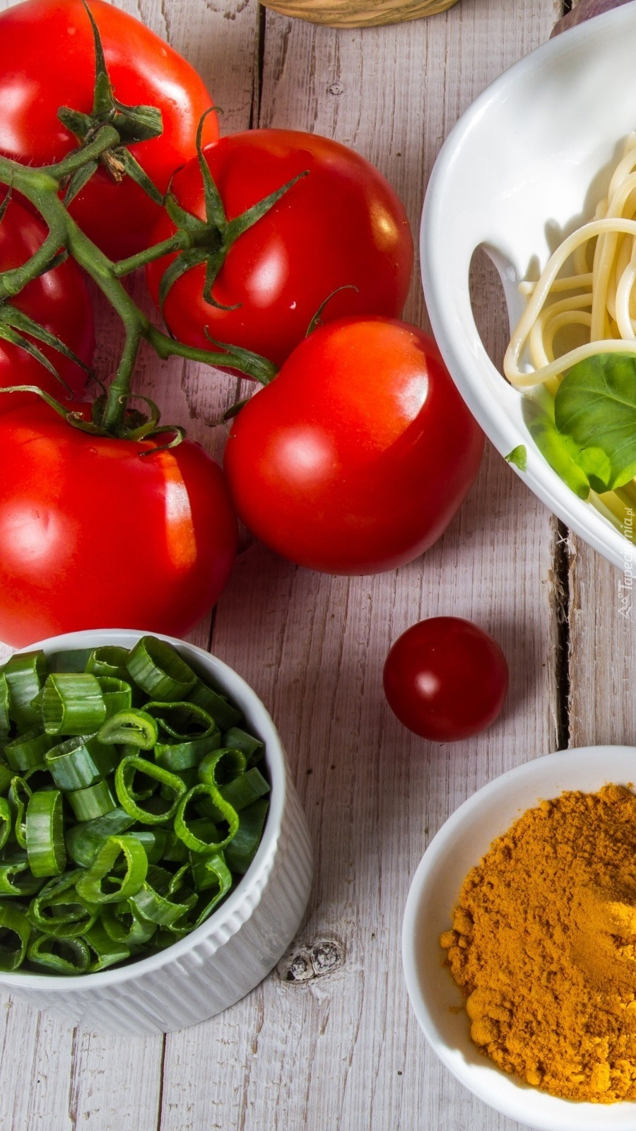 Pomidory i przyprawy
