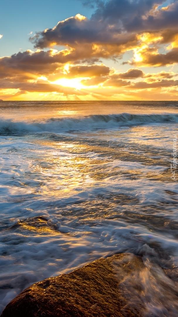 Poranek nad morzem