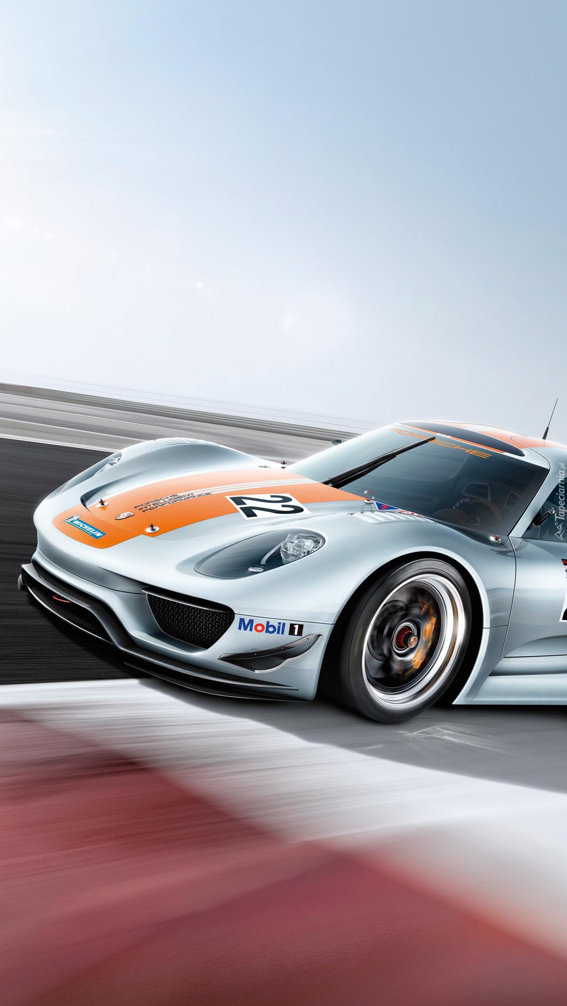 Porsche 918 Rsr Coupe Podczas Wyścigu Tapeta Na Telefon