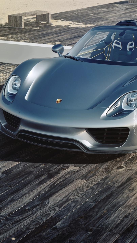 Porsche 918 Spyder na podeście