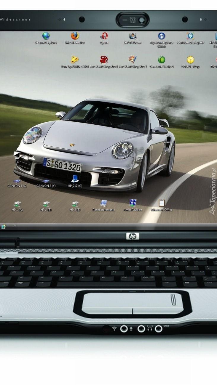Porsche na ekranie laptopa