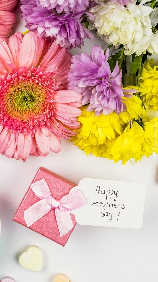 Prezencik z kwiatami dla mamy