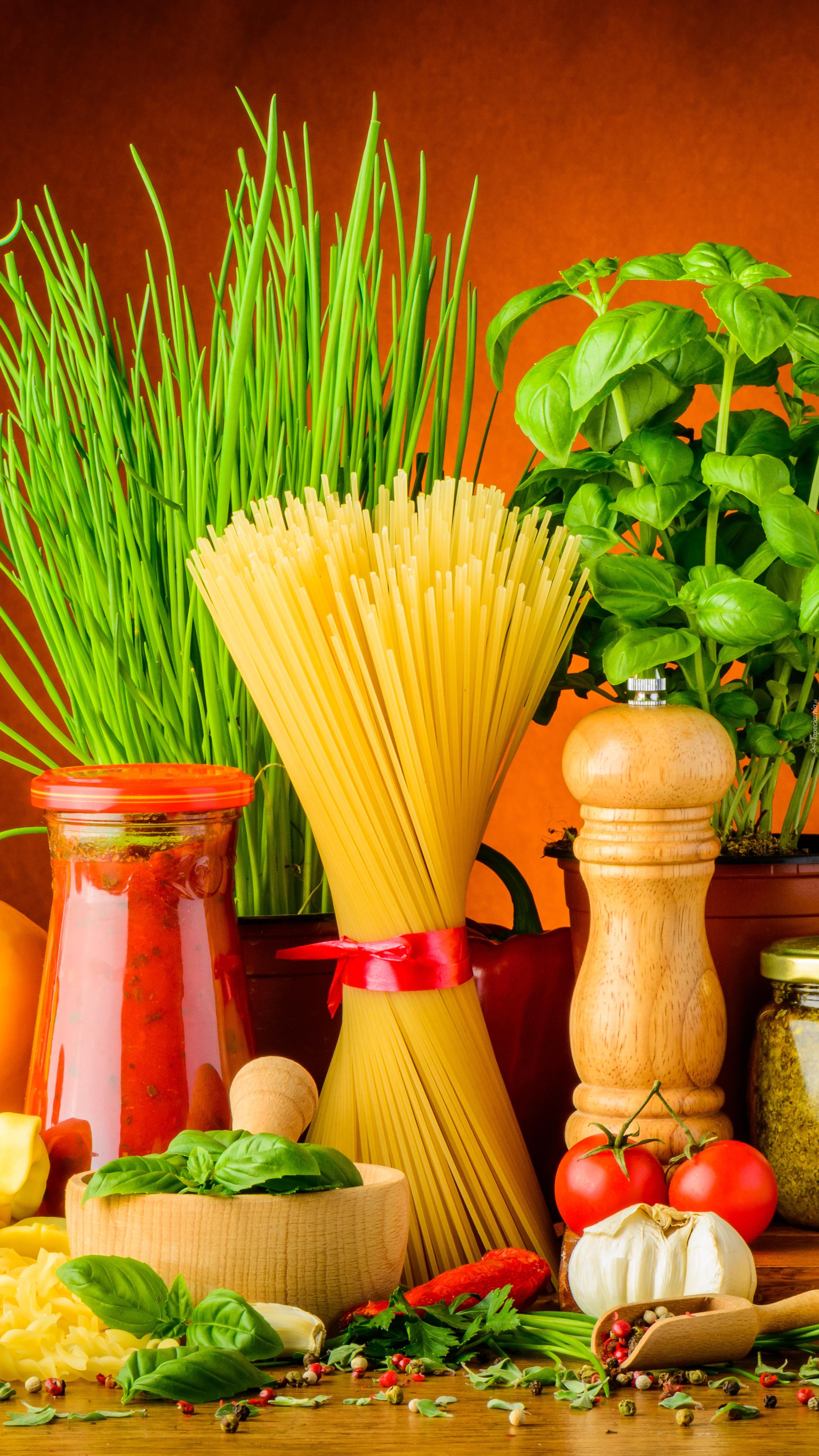 Produkty do przygotowania spagetti