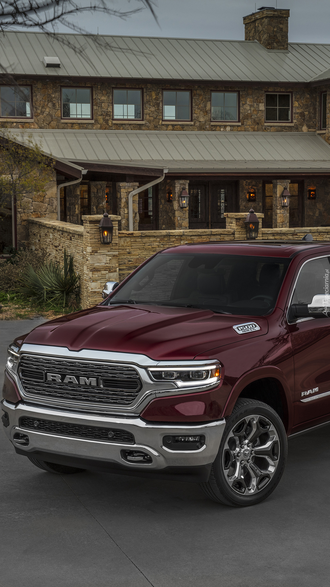 Przód Dodge Ram 1500 Pickup