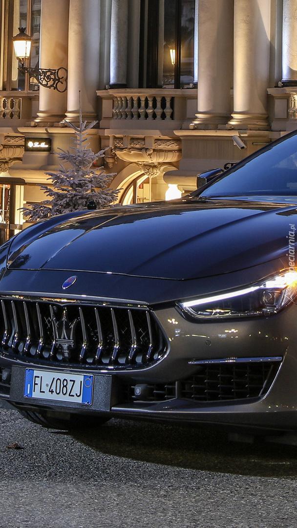 Przód Maserati Ghibli GranLusso