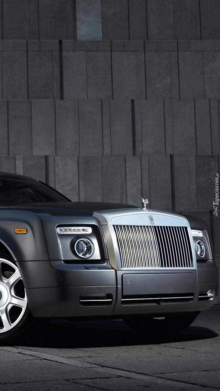 Przód Rolls-Roycea Phantoma