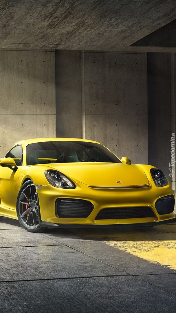 Przód żółtego Porsche Cayman GT4
