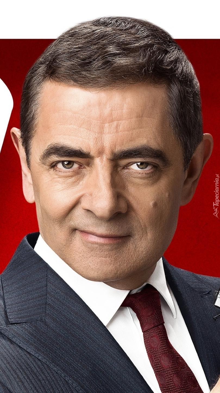 Rowan Atkinson w garniturze