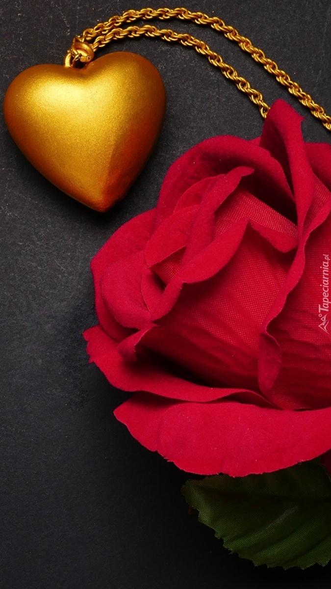 Róża i złote serduszko