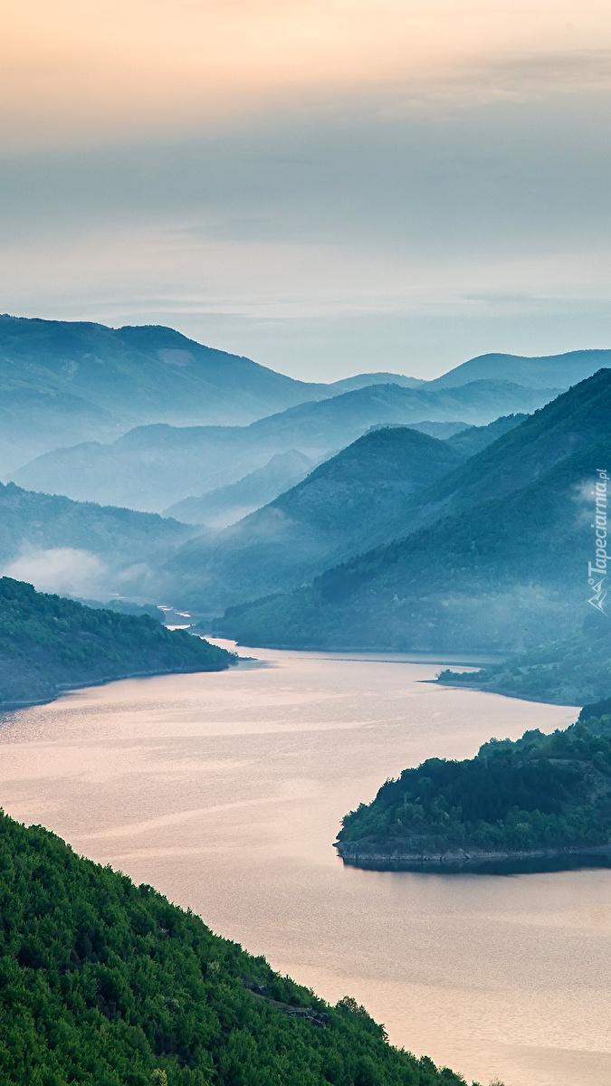 Rzeka Arda w górach
