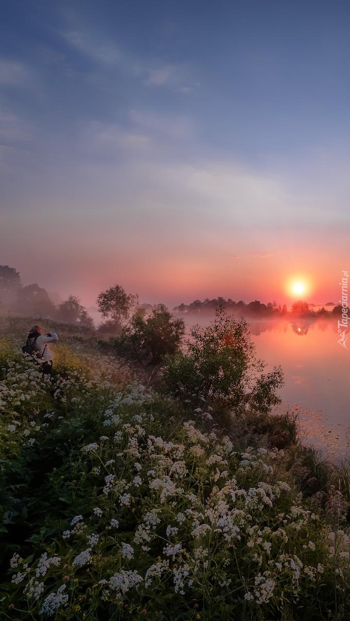 Rzeka Dubna o świcie