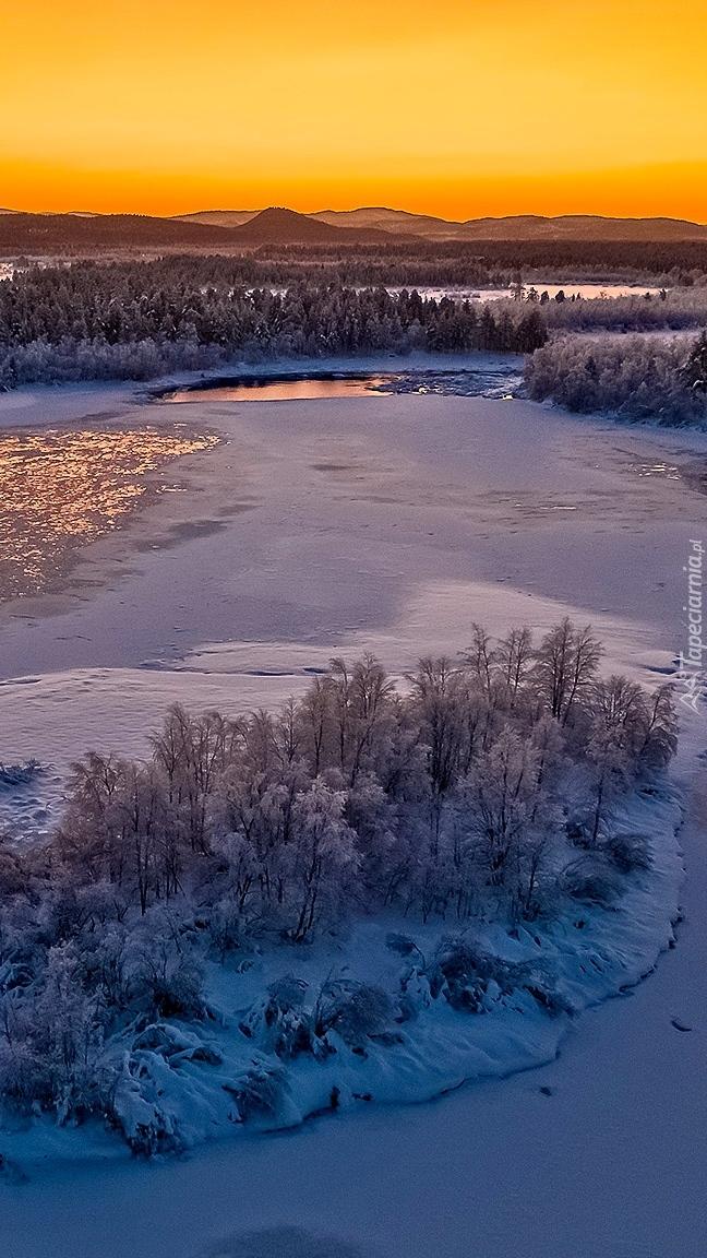 Rzeka Kettujoki zimą