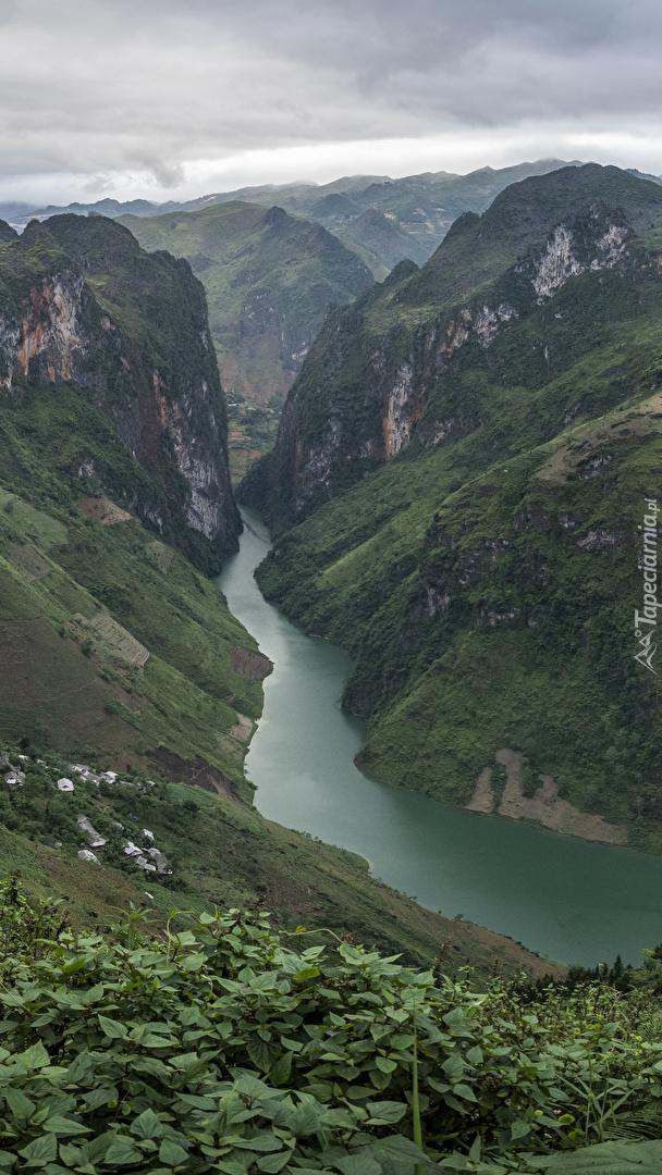 Rzeka Nho Que River w Wietnamie