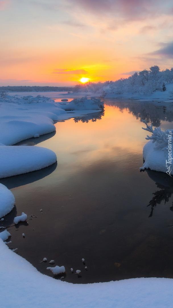 Rzeka Wołga zimą