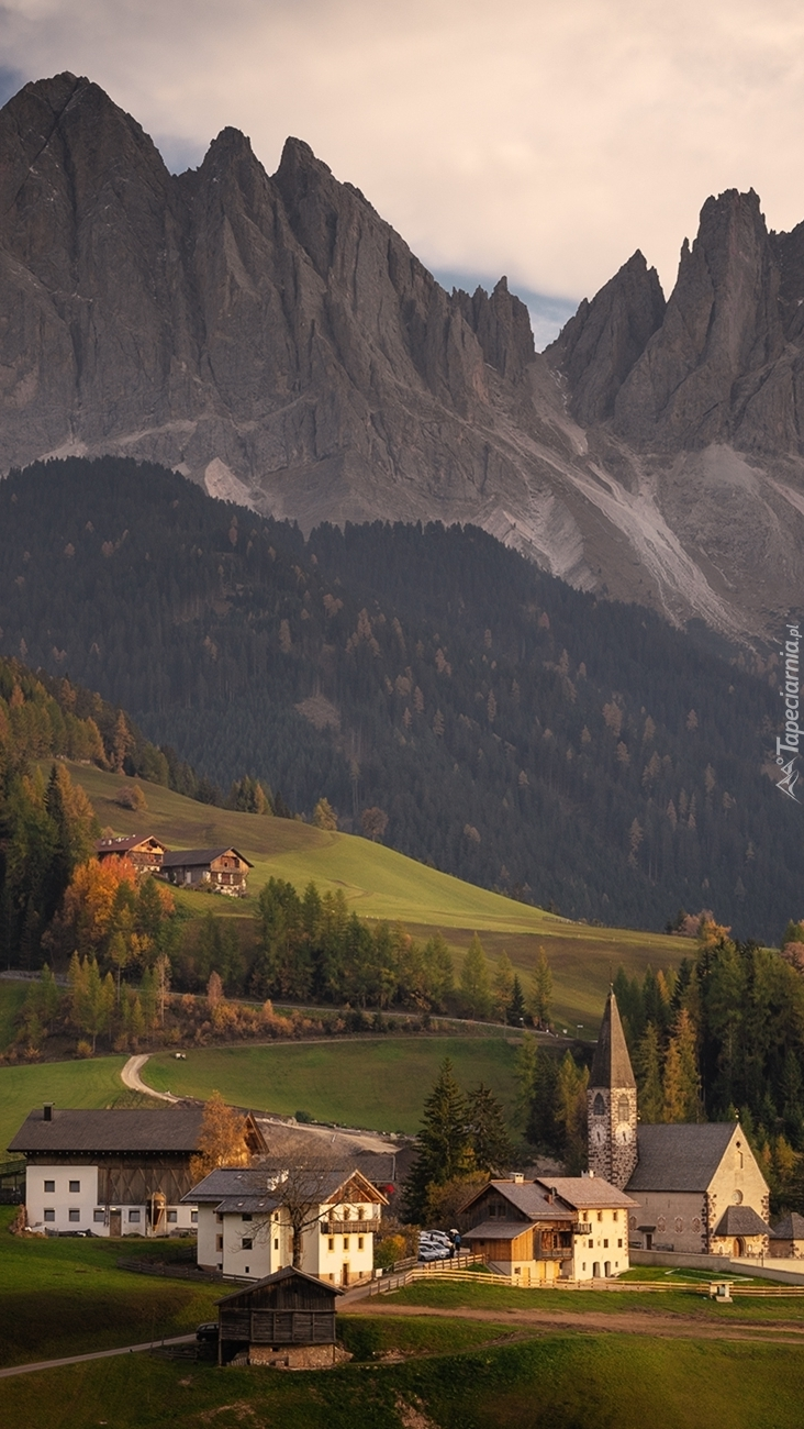 Santa Maddalena w dolinie Val di Funes