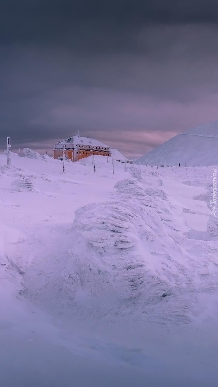 Schronisko w drodze na Śnieżkę