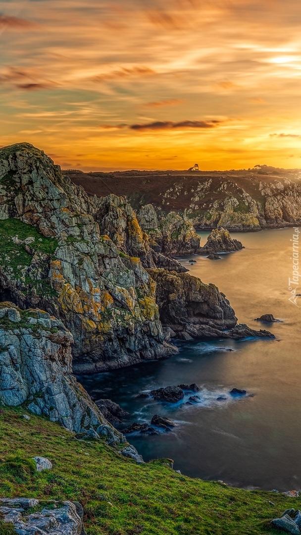 Skaliste wybrzeże Beuzec Cap Sizun