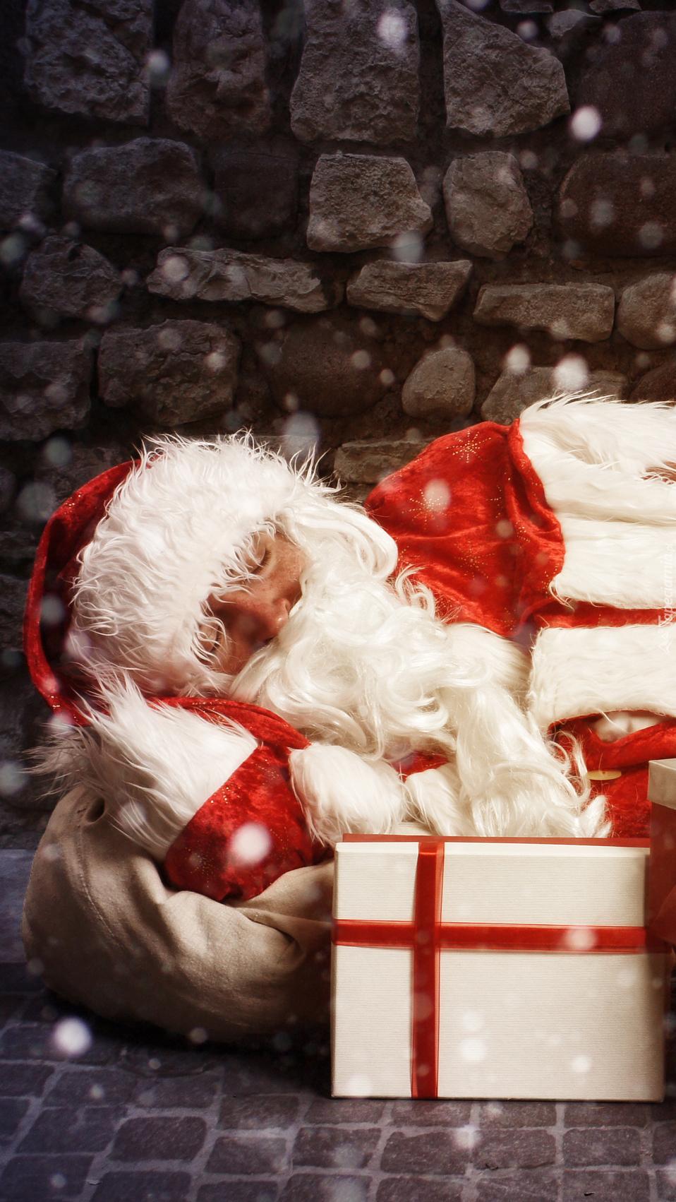 Śpiący Mikołaj