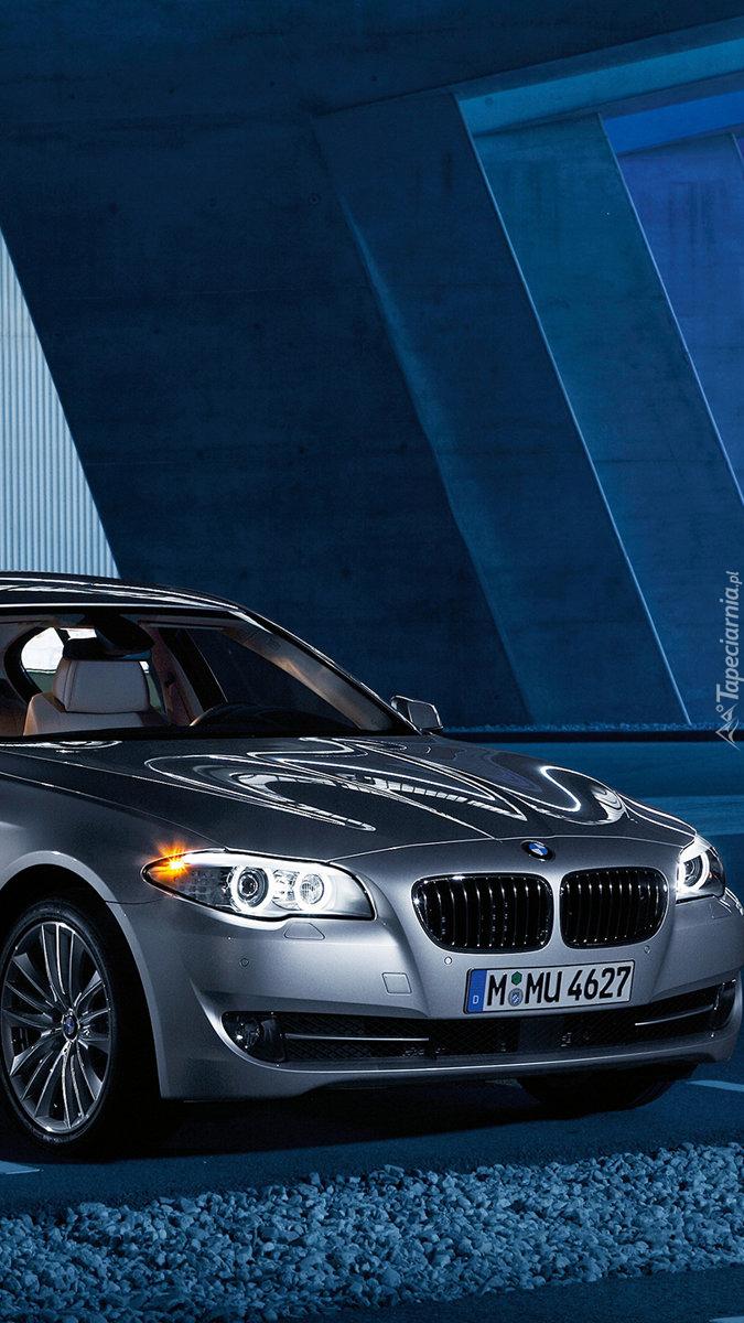 Srebrne BMW