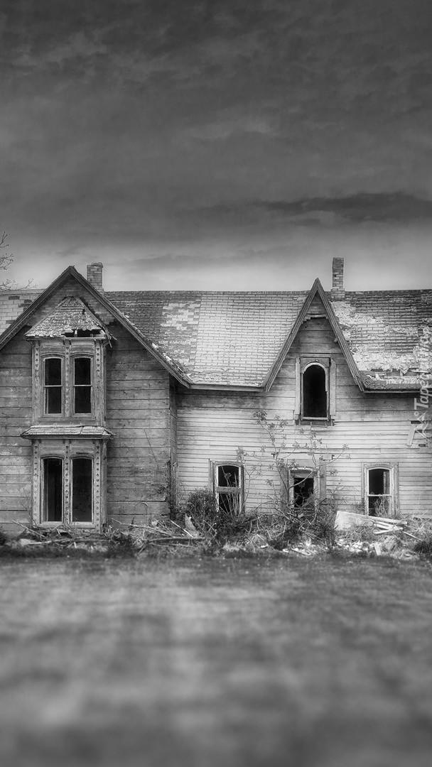 Stary dom w ruinie