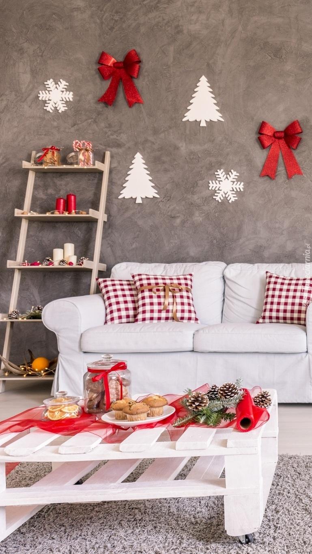 Świąteczne dekoracje w pokoju
