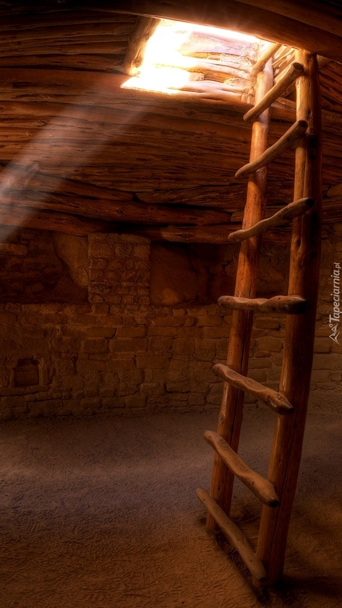 Światło wpadające do piwnicy