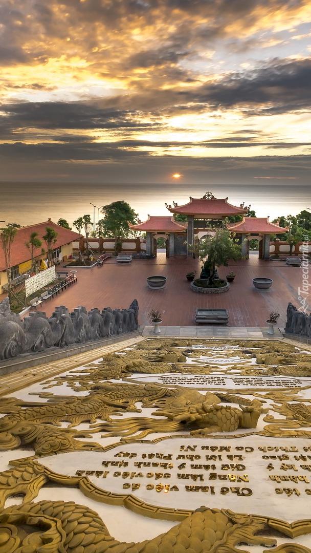 Świątynia nad morzem w Wietnamie
