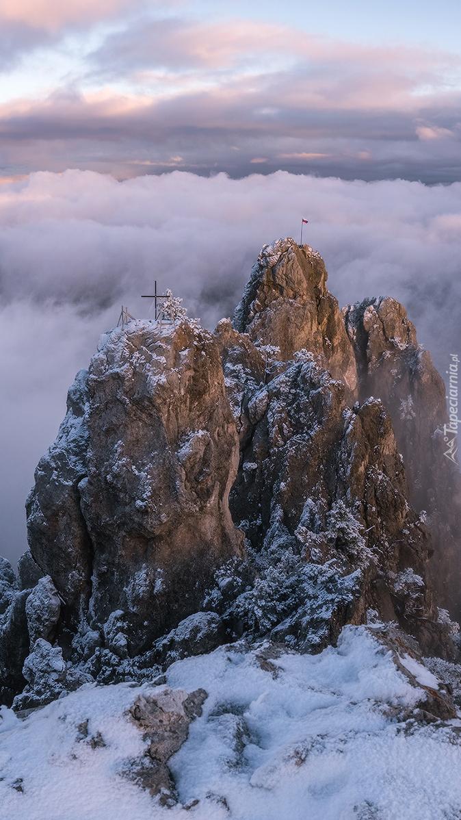 Szczyty Aj-Petri w górach Krymskich