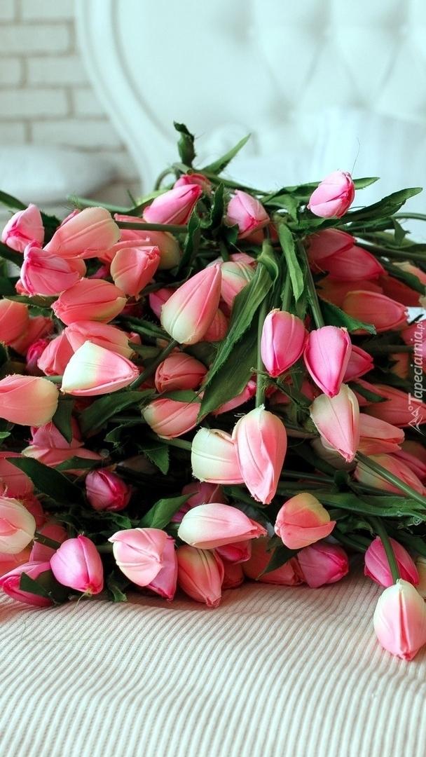 Sztuczne tulipany