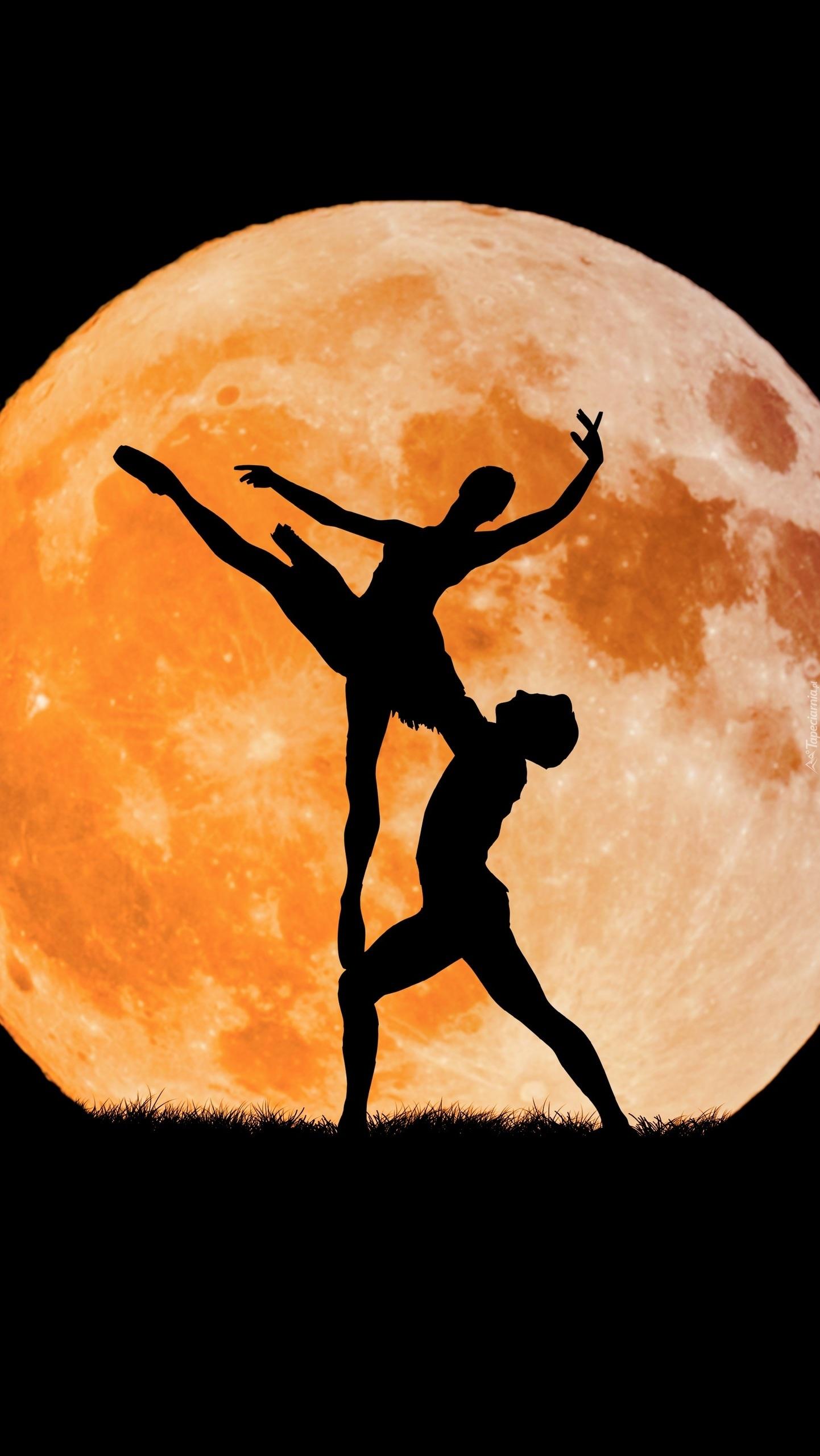 Taniec przy księżycu
