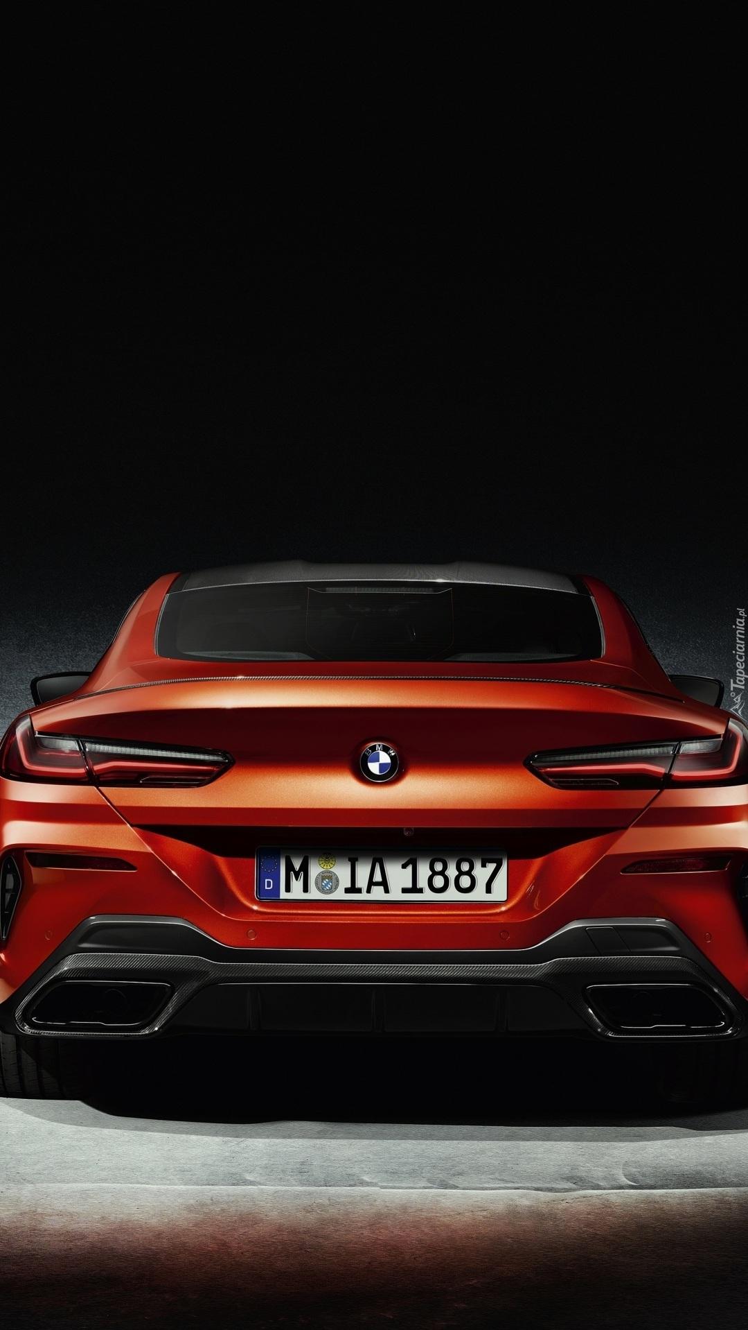 Tył BMW M8