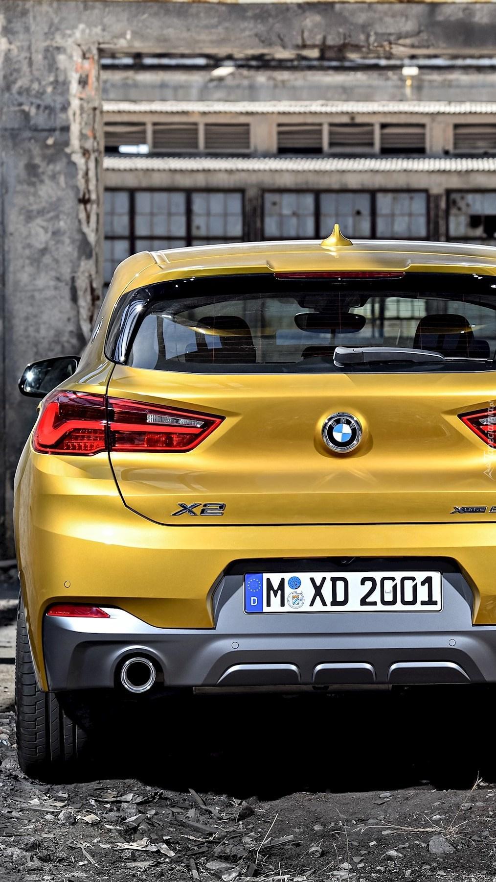 Tył BMW X2