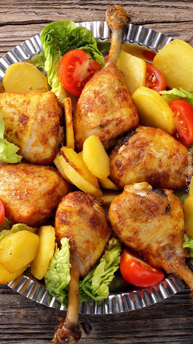 Udka i ziemniaki na talerzu
