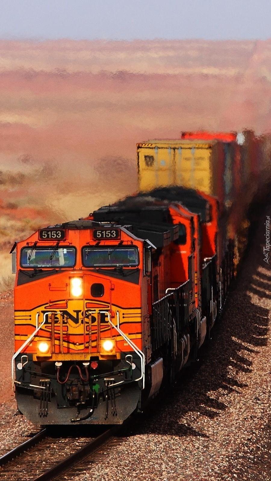 Uwaga nadjeżdża pociąg