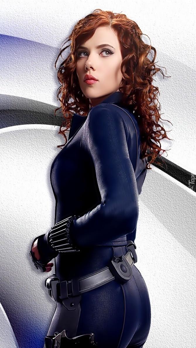 Uzbrojona  Scarlett Johansson